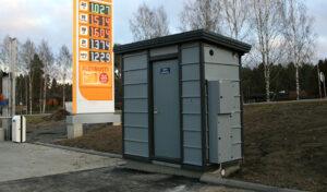 Laitesuoja polttoainejakelimolle